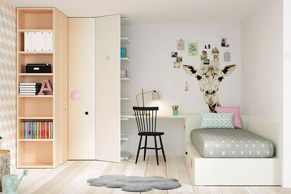 Habitacion juvenils amb armaris cantoners o raconers fets a mida