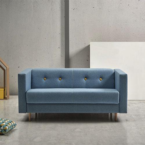 Sofà llit amb estructura de fusta massissa de la marca Suinta, a Reus, Mobles Perpinyà.