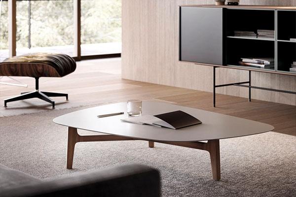 Mesa de centro compuesta por una, dos o tres piezas de la marca TREKU a Reus, Mobles Perpinyà.